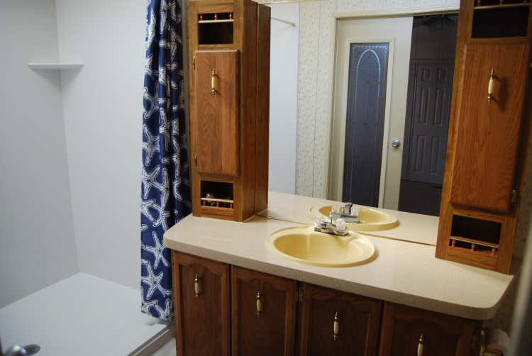 802 Leswood-Bathroom (1)